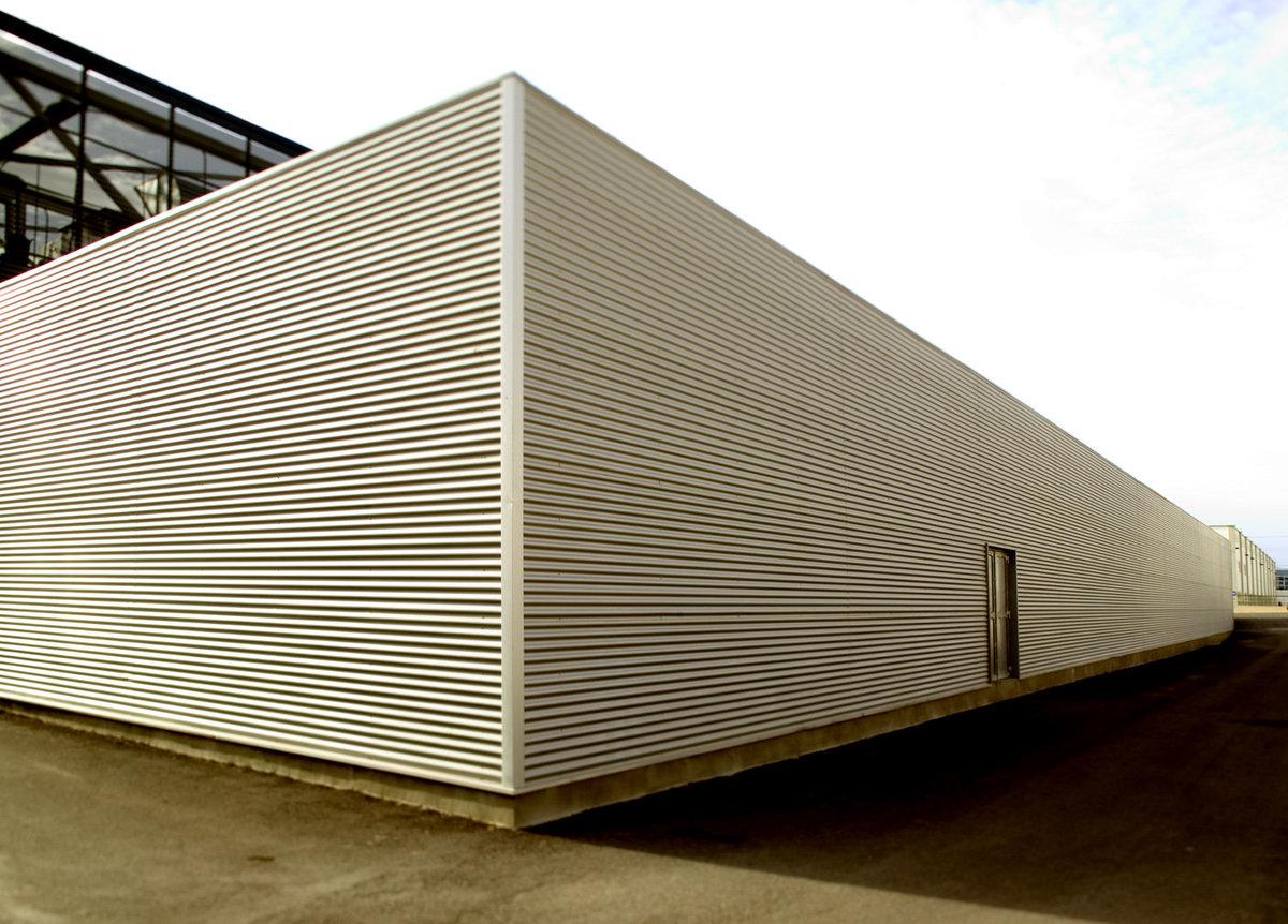 Edificio industrial Graficas vernetta